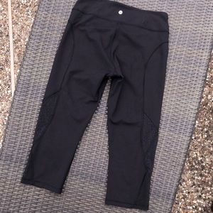 Lululemon athletica capri leggings